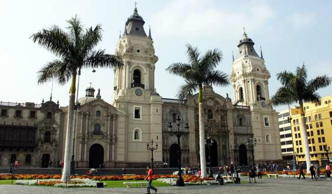 Como ir do aeroporto ao centro de Lima - Plaza de Armas 2
