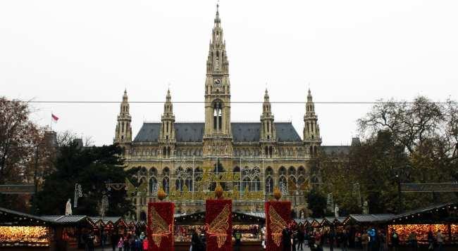 Guia KLM de Viena - Rathaus