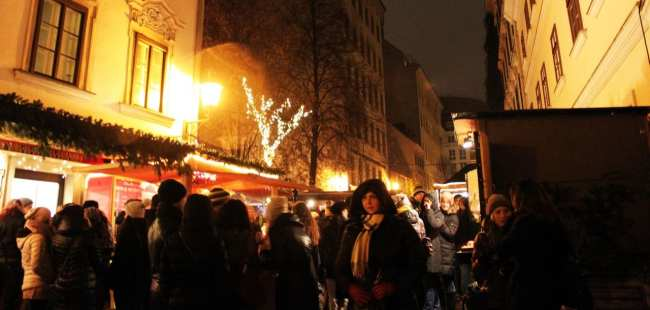 Guia KLM de Viena - Mercado de rua