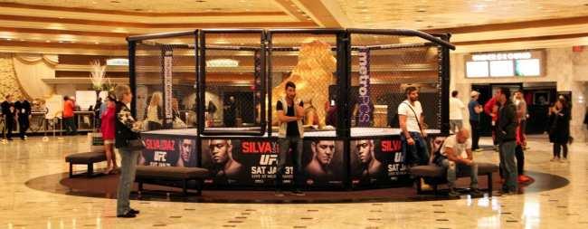 Como é assistir ao UFC em Las Vegas - Anderson Silva vs Nick Diaz 2