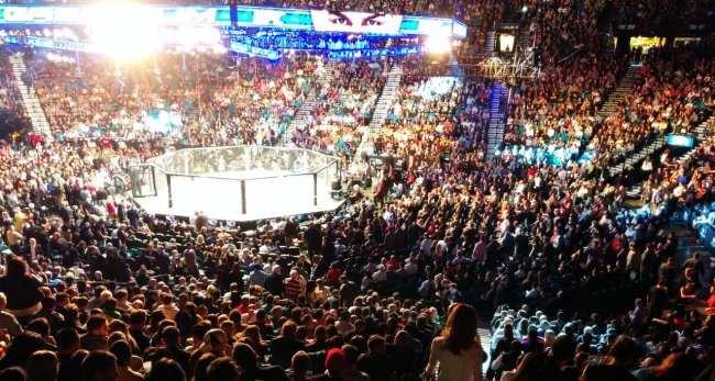 Como é assistir ao UFC em Las Vegas - Anderson Silva vs Nick Diaz 9