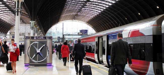 Como ir do aeroporto ao centro de Londres - Heathrow Express 6