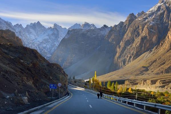 Rodovia Karakoram, Paquistão, por Shuttestock