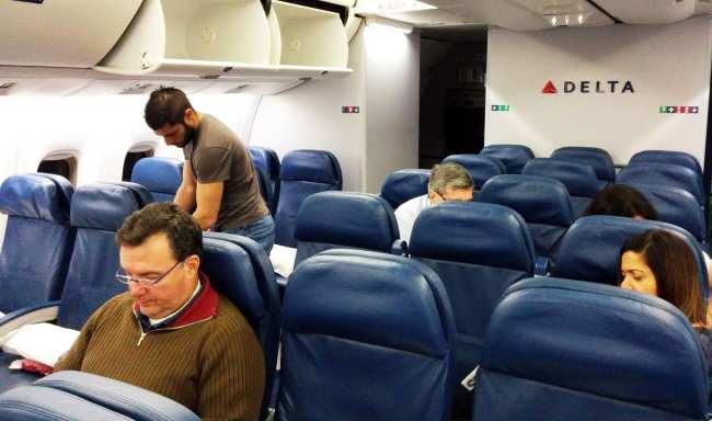 Como é voar de Delta Airlines - 3