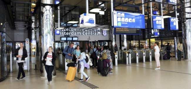 Amsterdam - como ir do aeroporto ao centro da cidade - 7