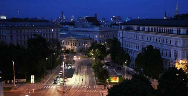 Hotel 25hours MuseumsQuartier Viena - 17