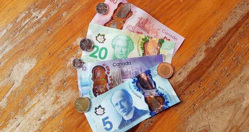 Qual moeda levar para o Canadá - 04