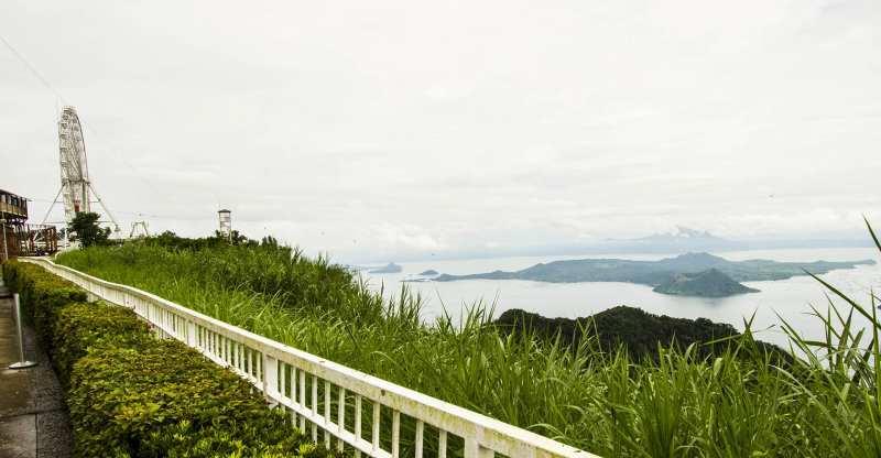 Sky Ranch, o parque de diversões com vista para o vulcão Taal