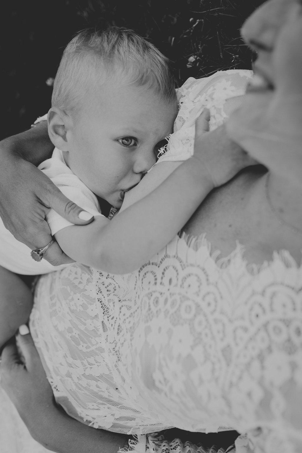 L'allaitement selon Sacha, maman de Clarence 21 mois - Blog famille Sunday Grenadine