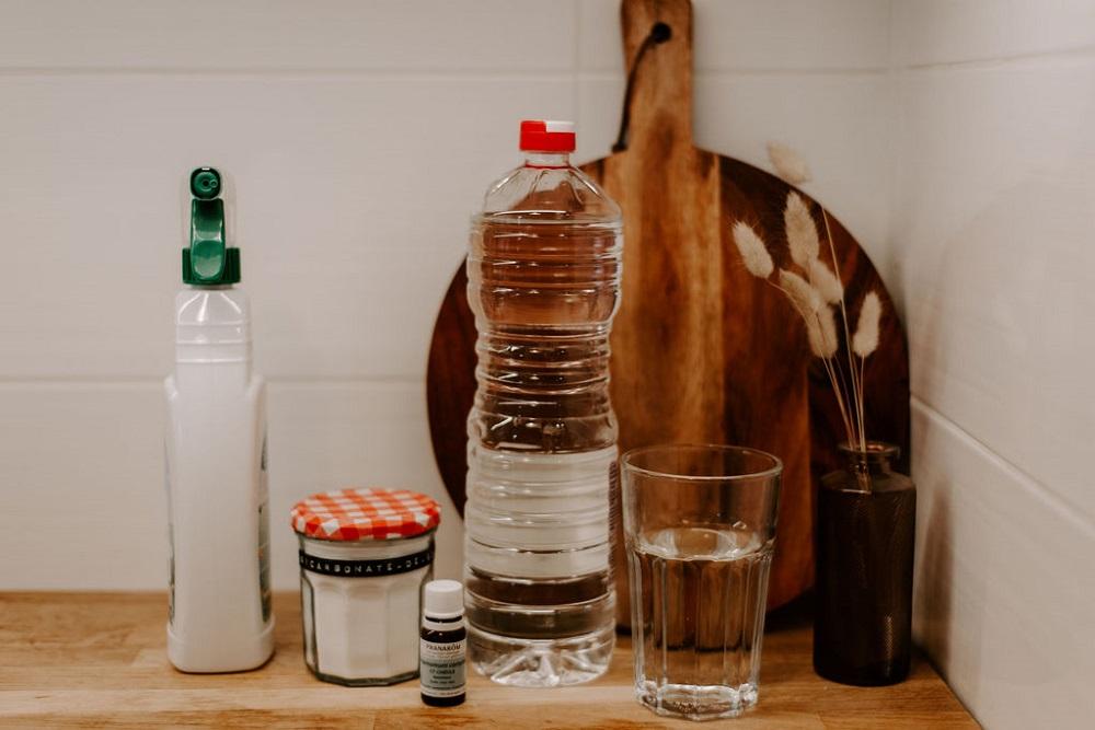 Les ingrédients pour fabriquer son nettoyant multi-surfaces