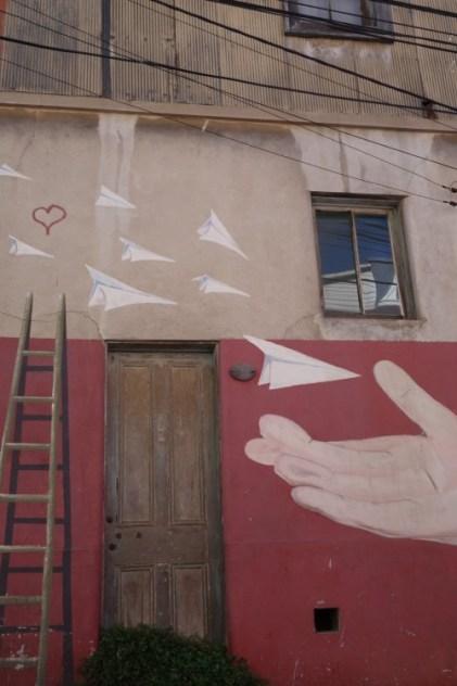 """Graffiti - """"Paper planes"""""""