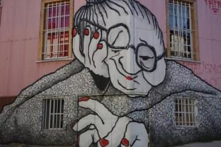 """Graffiti - """"Abuela"""" - Cerro Alegre - Valparaiso"""