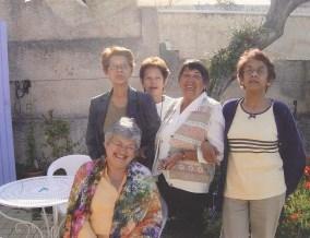 Odette et ses soeurs, lors de leurs retrouvailles