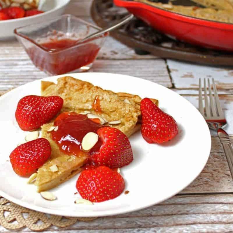 Whole Wheat German Pancake with Strawberries