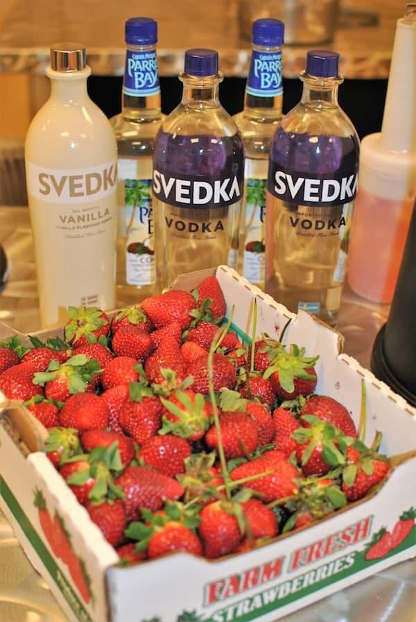 Berry Fun Weekend #SundaySupper #FLStrawberry