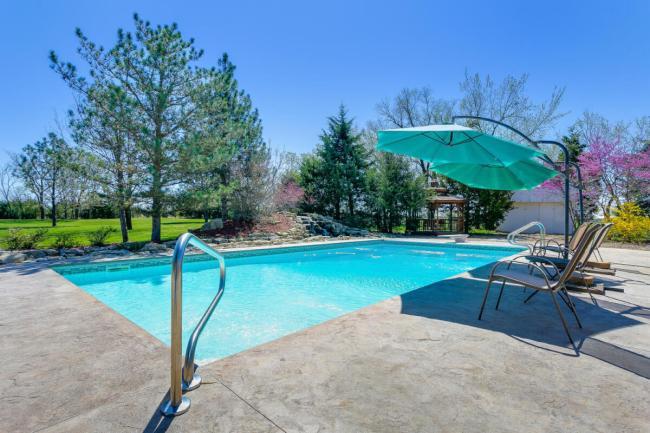 3650 N Main St El Dorado KS-large-097-060-Pool-1500x1000-72dpi