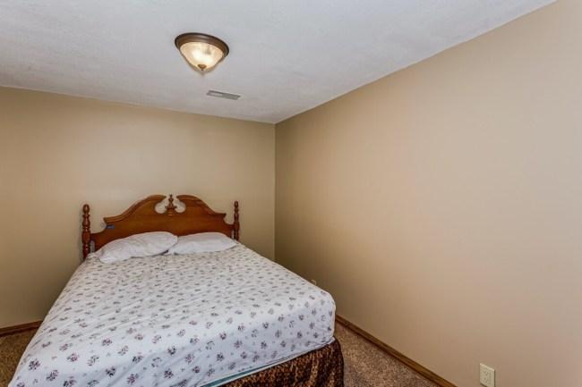 9733 SW Lois Rd, Andover KS
