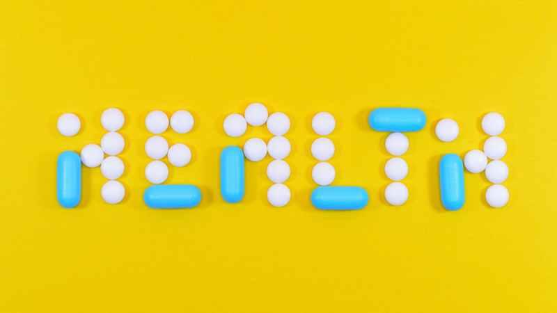 Smart pillerobot hjælper med at huske, hvornår og hvilke piller der skal tages.