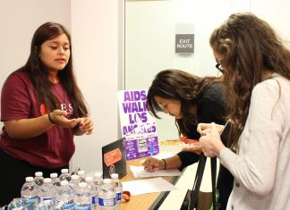 students sign up for AIDS walk