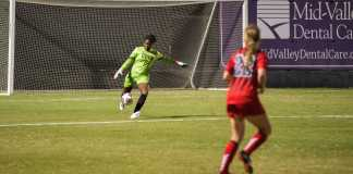 CSUN goalie kick the ball down the field
