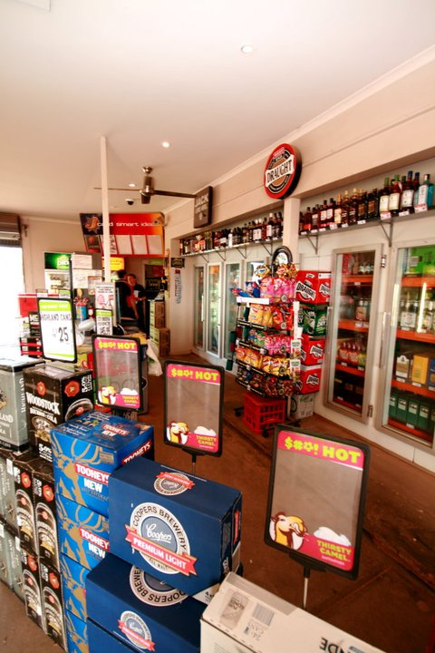 sundowner bottle shop 3