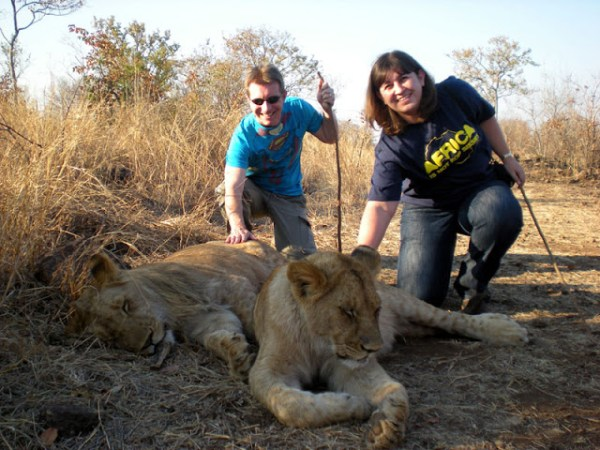 Gareth-Sunee-Walk-With-Lion
