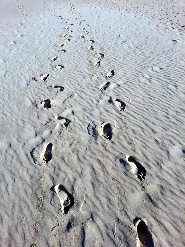 Sand-Footprints