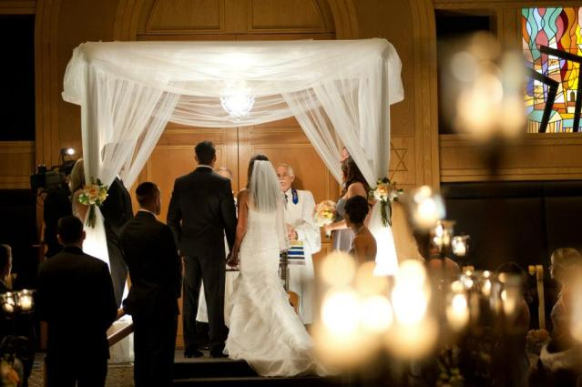 jewish wedding ceremony in temple solel