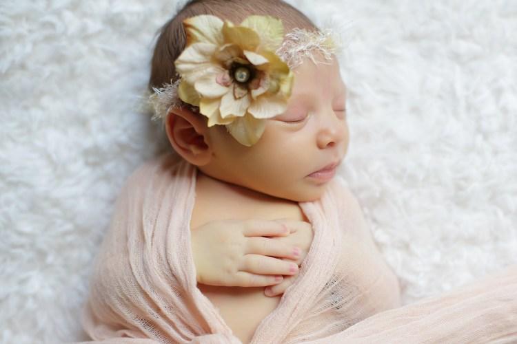 Harley Liv newborn photography