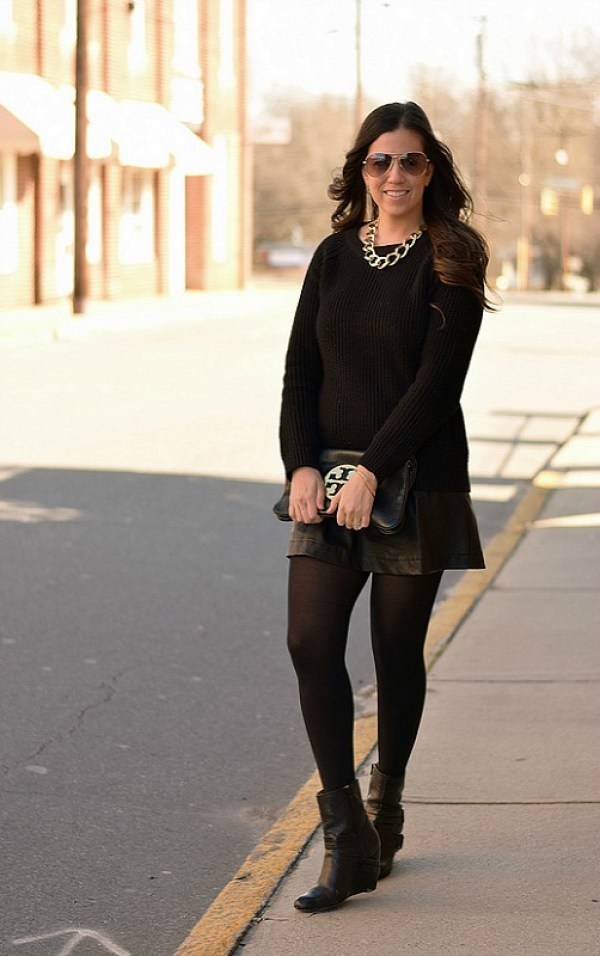 Black on Black chic Winter outfit