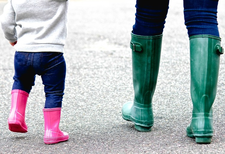 mother daughter matching Hunter boots, mommy and me outfits