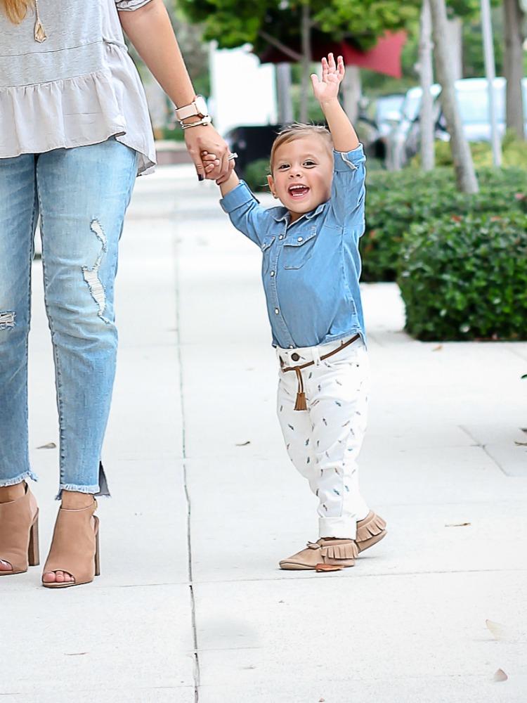 Fashion baby blogger Harley Cittadino wearing Freshly Picked Moccasins