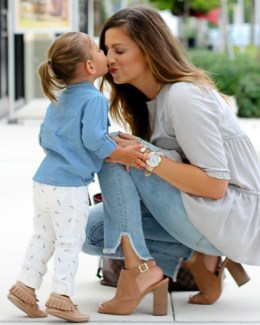 mommy and me fashion shoot