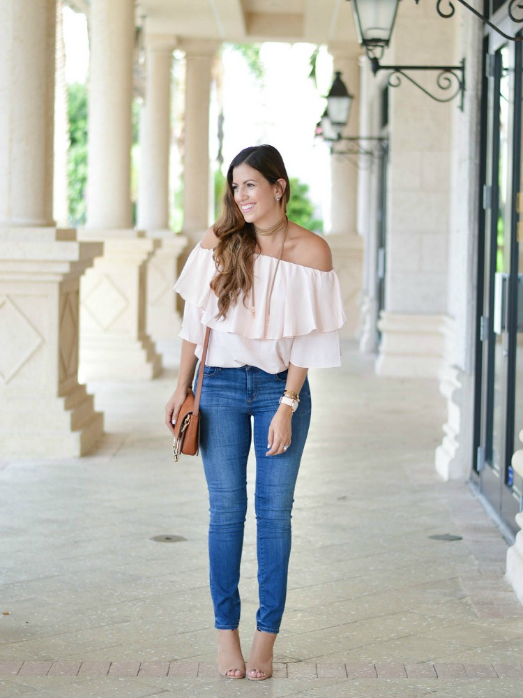 Jaime Cittadino of Sunflowers and Stilettos, fashion and beauty blog showing how to dress for fall when you live in the south.