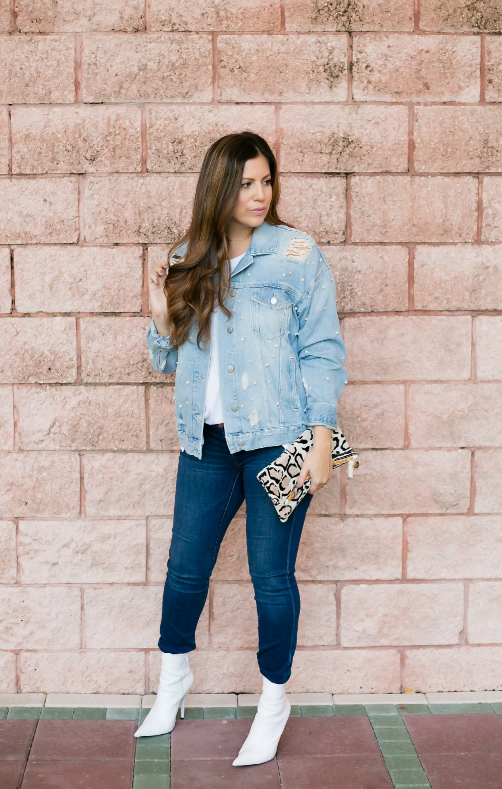 denim on denim _ white booties for fall _ fall style by Sunflowers and Stilettos blog