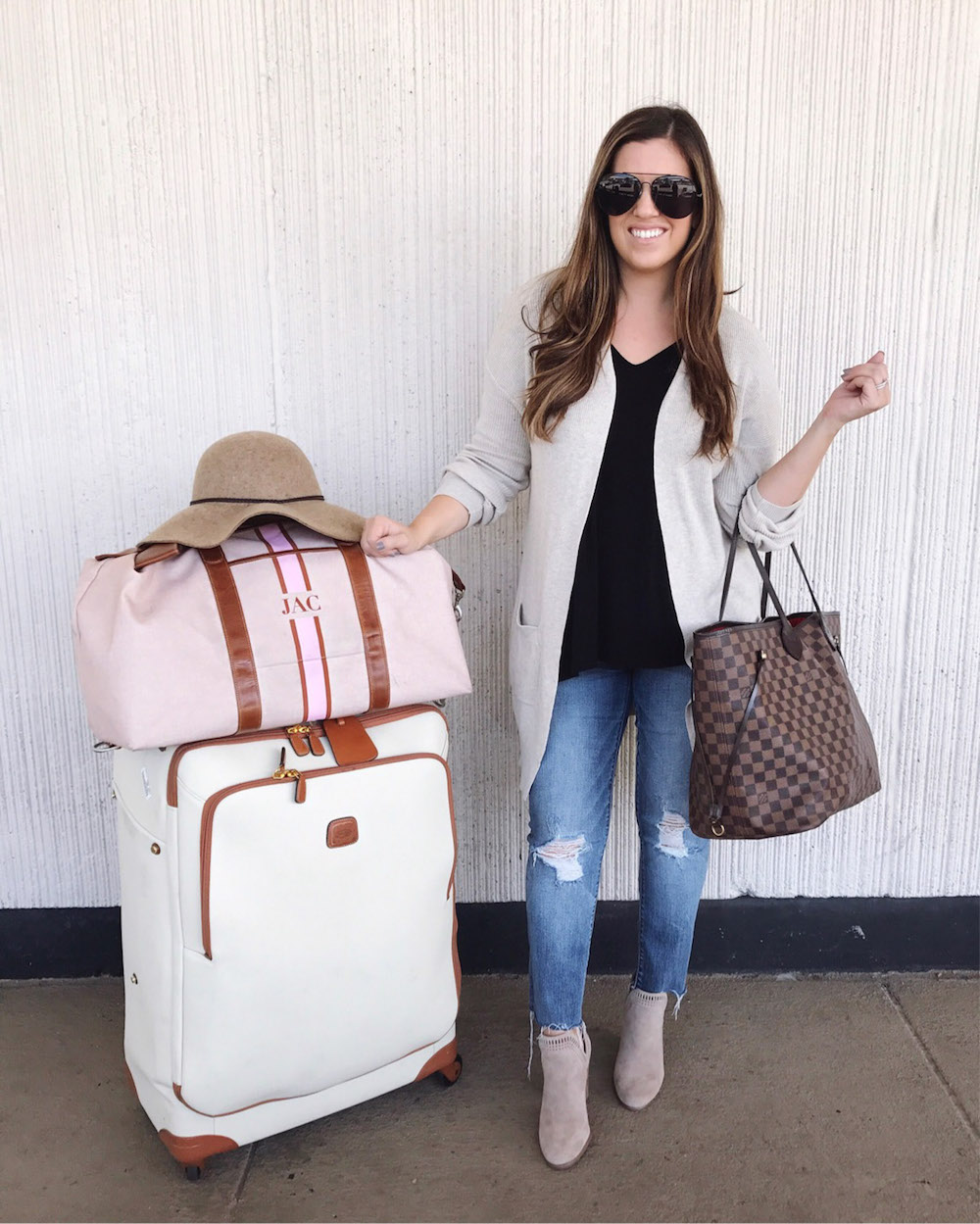 cute travel style, what to wear to the airport