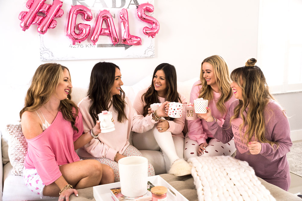 Galentine's Day Florida Bloggers hot cocoa, Sunflowers and Stilettos blog