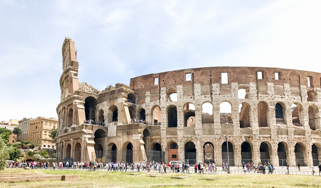 ROME TRAVEL GUIDE