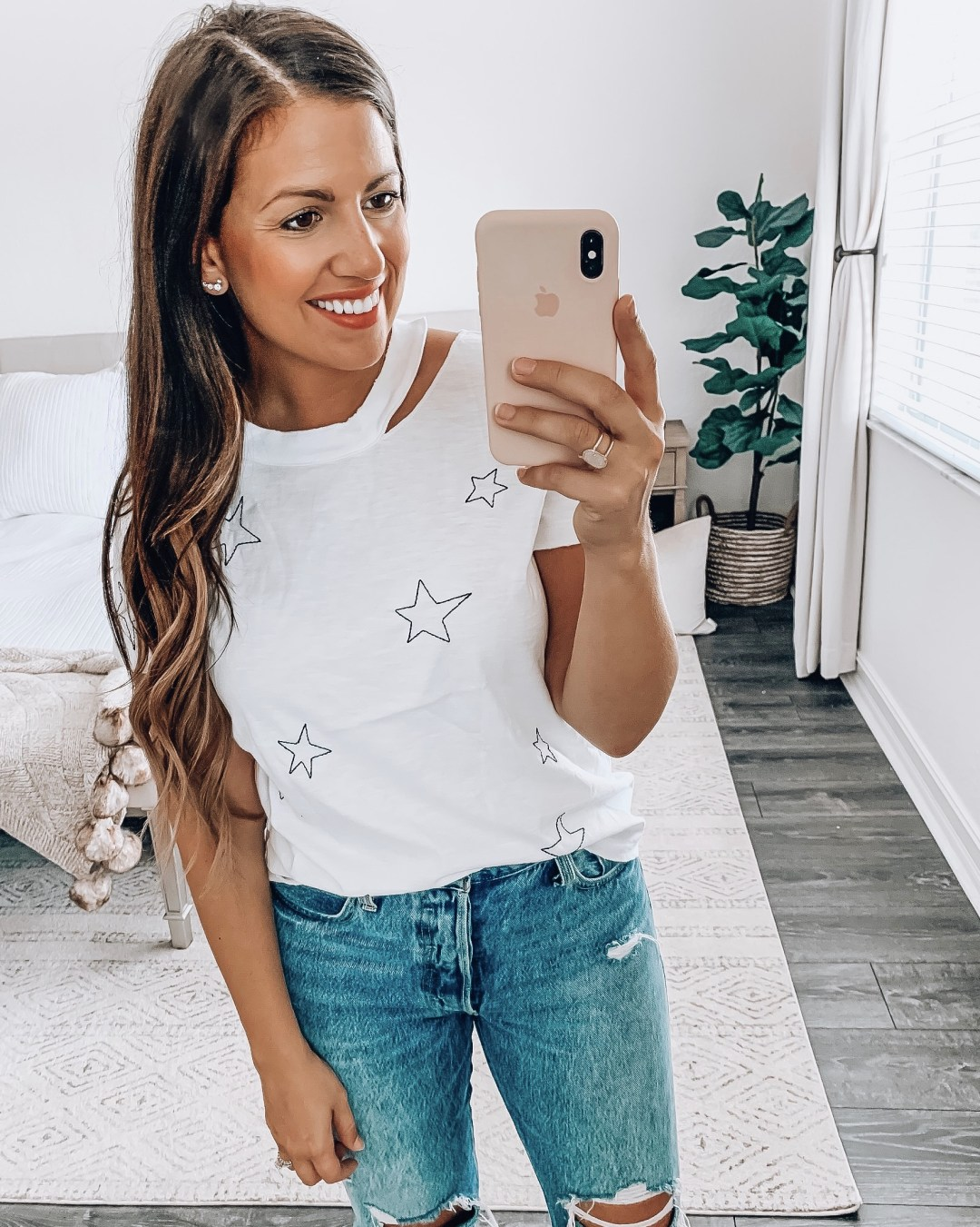 Amazon Fashion star tee, distressed star tee