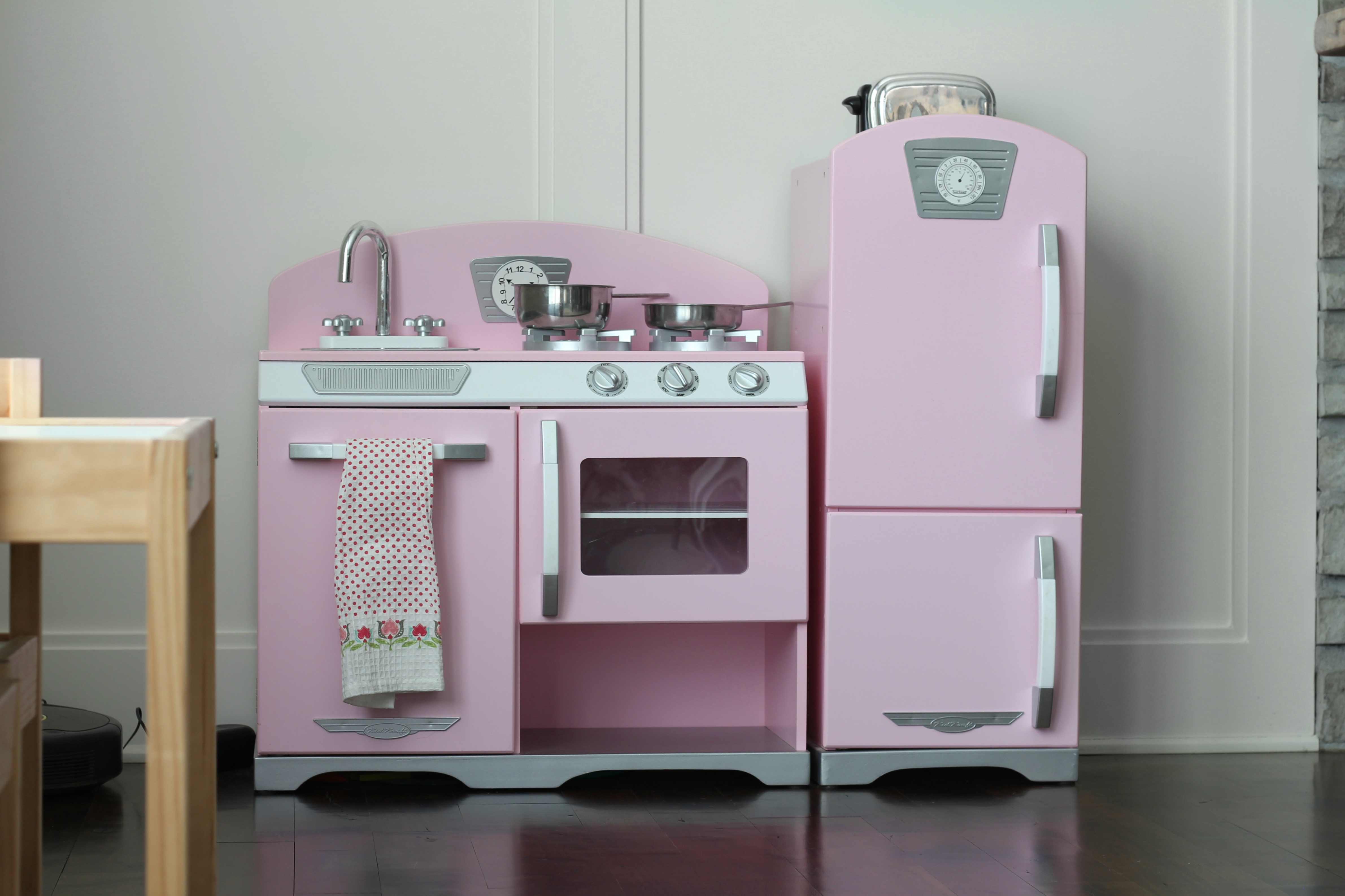 kidkraft retro pink kitchen