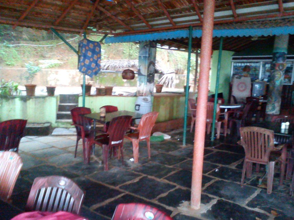 @Namaste Cafe (OM Beach - Gokarna) (2/6)