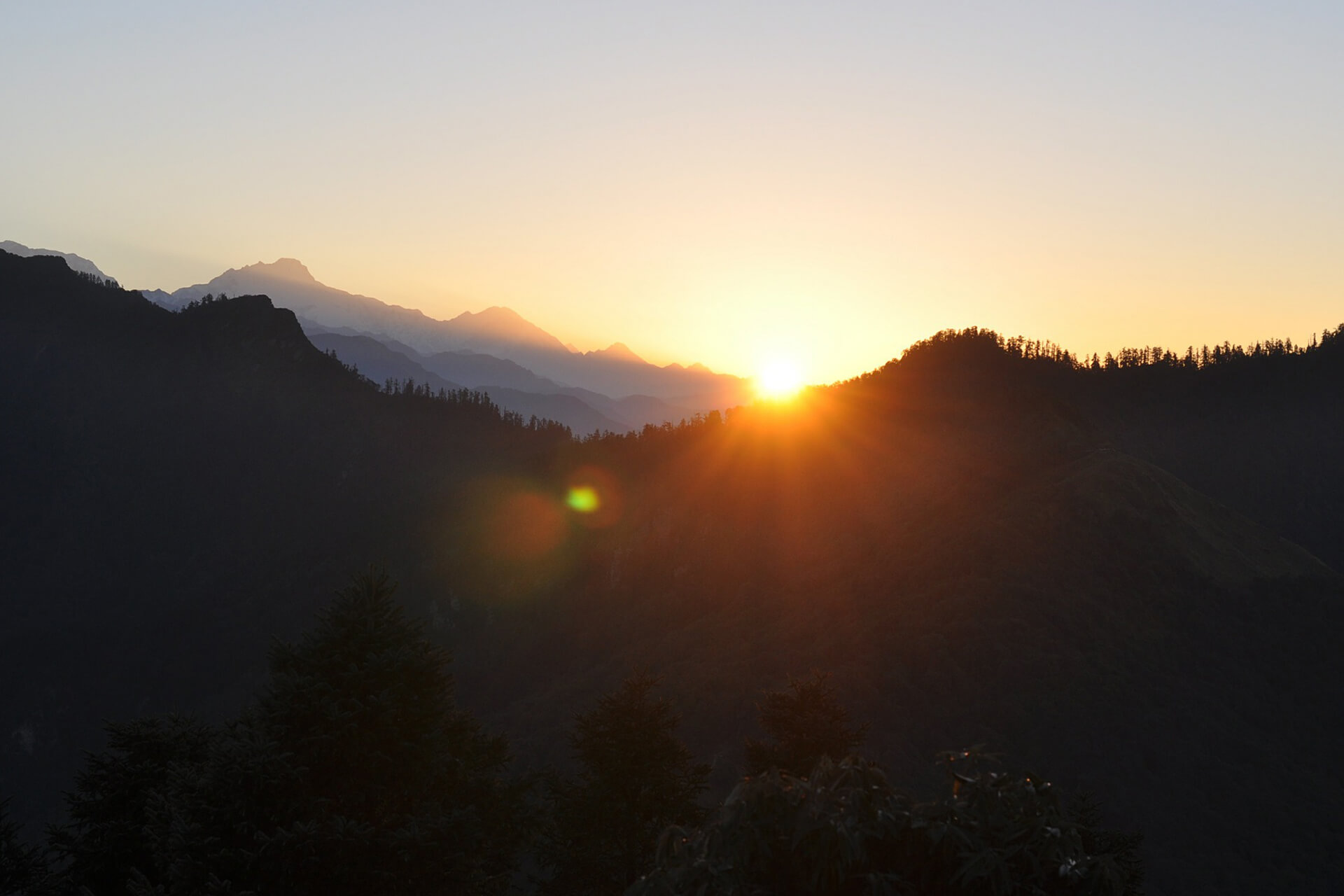 sunrise-in-mountains-nepal