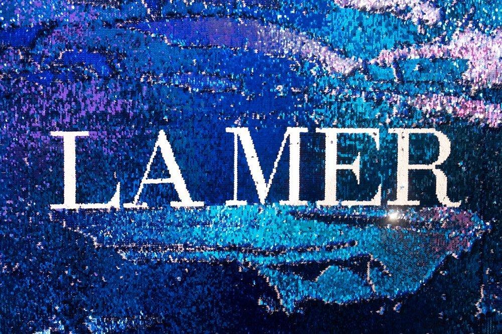 La Mer sequins wall