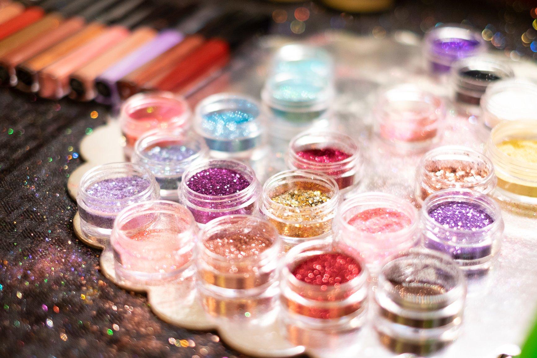 makeup glitter