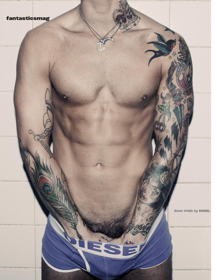 Ricki Hall by Darren Black for Fantasticsmag-6