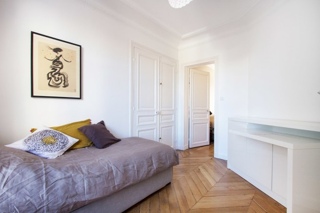 rue Tresor second bedroom 2