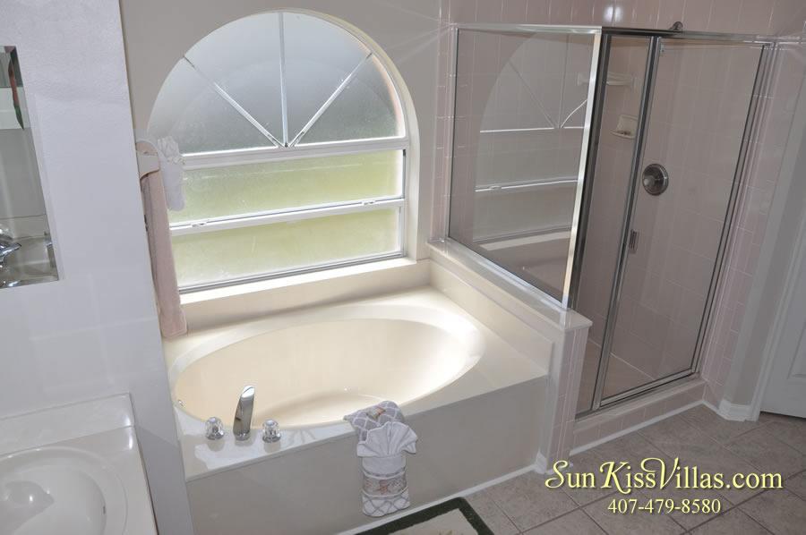 Vacation Rental Near Disney - Bahama Breeze - Master Bath