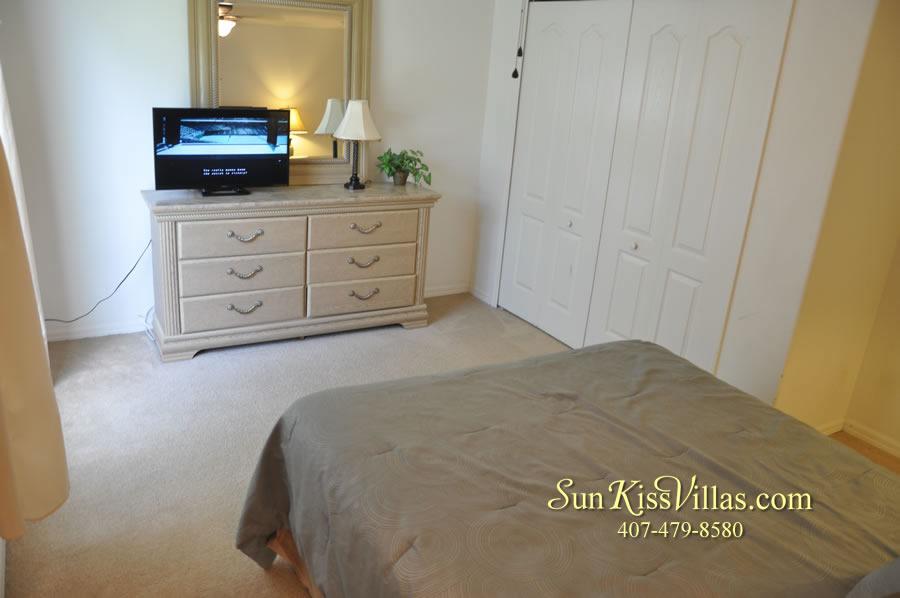 Orlando Vacation Rental Home Near Disney - Cypress Grand - Bedroom