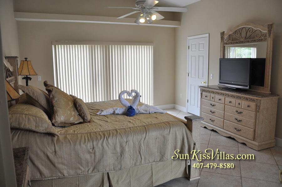 Orlando Villa Rental Near Disney - Keystone - Master Bedroom