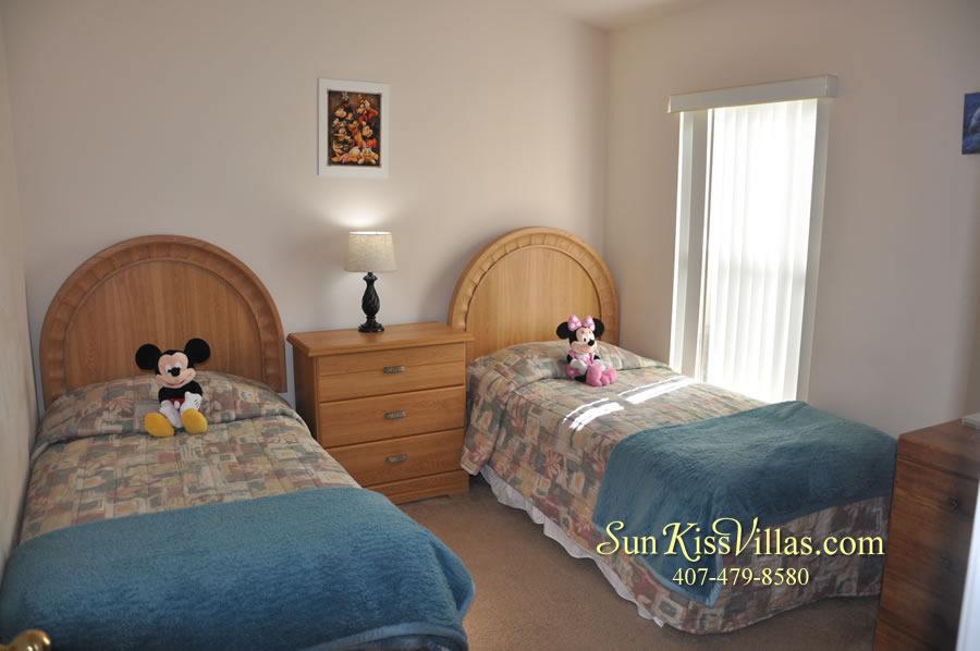 Vacation Villa Near Disney - Misty Cay - Twin Bedroom